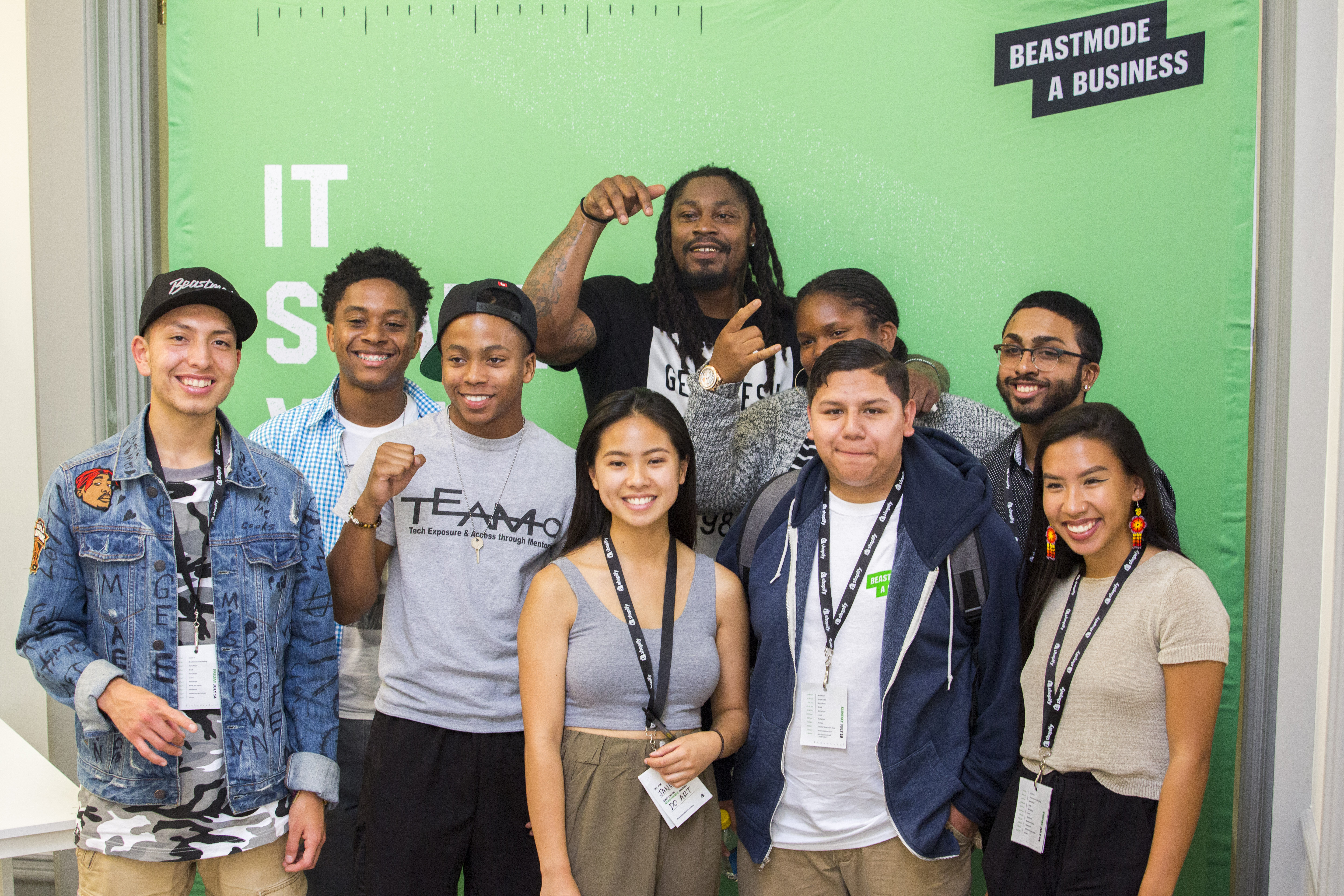 Shopify x BEASTMODE-A-Business - Marshawn and Final 8 Students.jpg