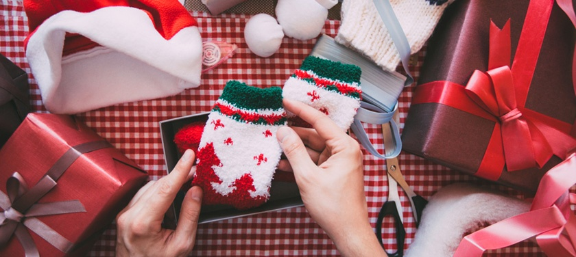 Offer holiday gift wrapping on shopify