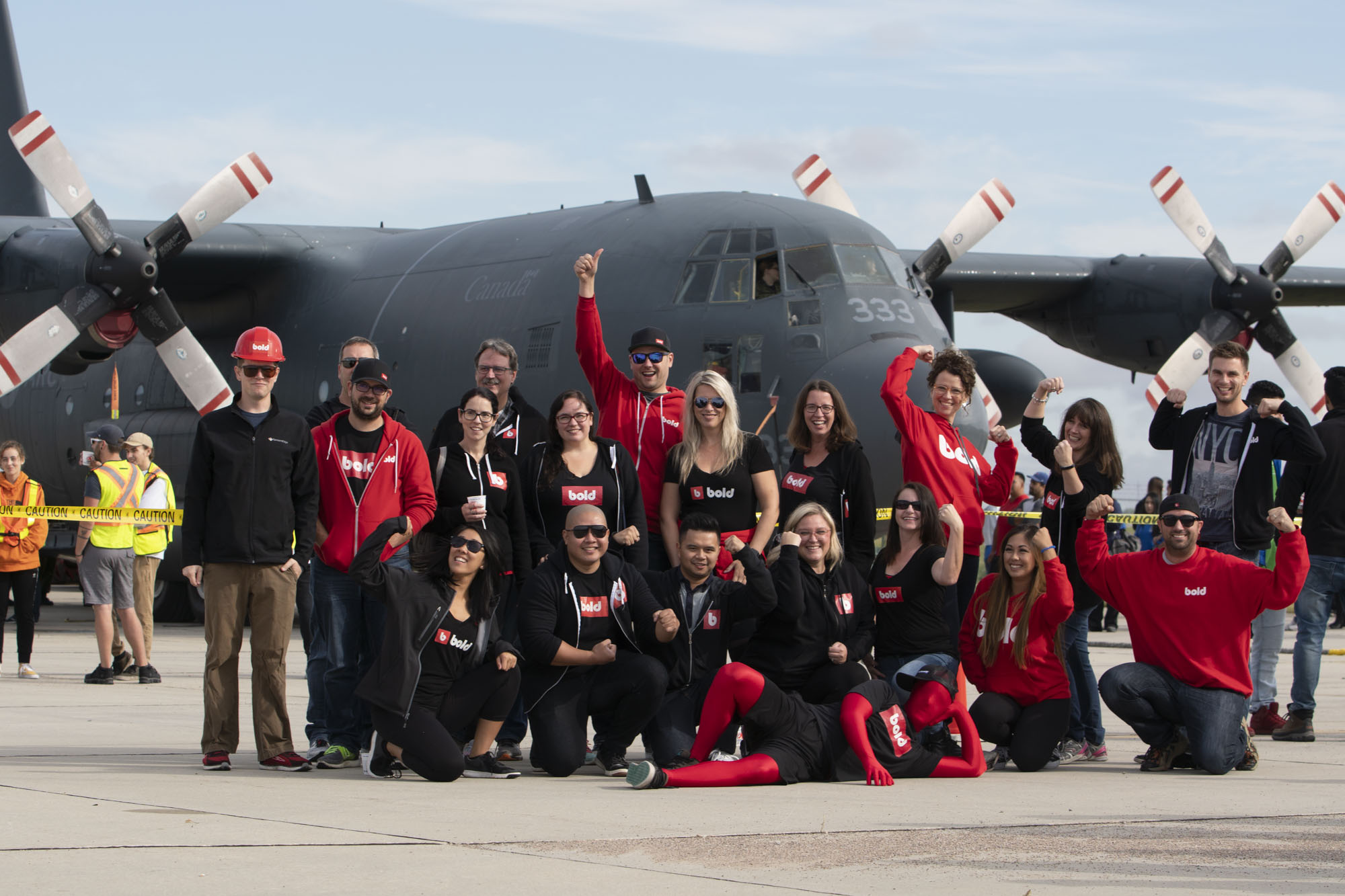 bold-team-at-plane-pull-charity-event